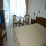Hotel Comandor - Rooms