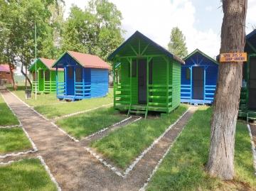 Căsuţe Camping Lacu Sărat